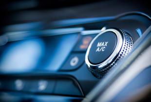 Profesjonalny serwis klimatyzacji samochodowej