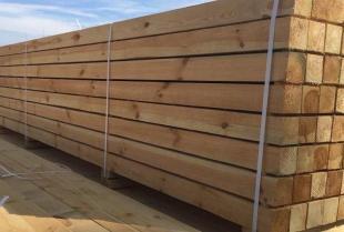 Całoroczne domy z drewna – innowacyjny projekt na lata czy niepotrzebna strata pieniędzy?