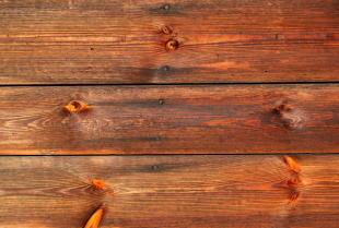 Drewno na elewacje – poznaj zalety tego rozwiązania!