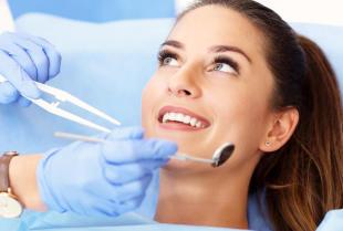 Zdrowe zęby dzięki zabiegom z zakresu stomatologii zachowawczej