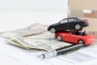 Jak dobrze wybrać polisę ubezpieczeniową – krótki poradnik
