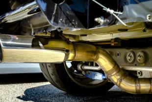 Usługi firm motoryzacyjnych w zakresie układów wydechowych
