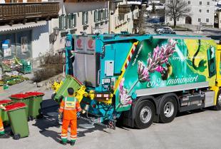 Zabudowy specjalne do śmieciarek – czym się charakteryzują?