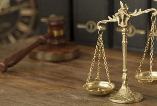 Jak dbać o swoje prawa w pracy?