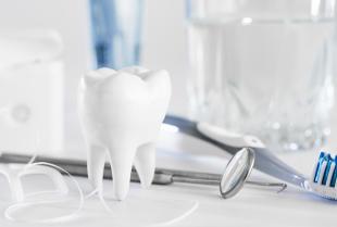 Usługi stomatologiczno – chirurgiczne oferowane przez Indywidualna Specjalistyczna Praktyka Lekarska Lek.Stom. Małgorzata Chomacka