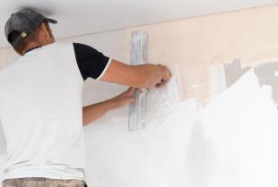 Tynkowanie – jedna z prac remontowych