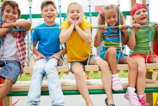 Bezpieczne nawierzchnie placów zabaw