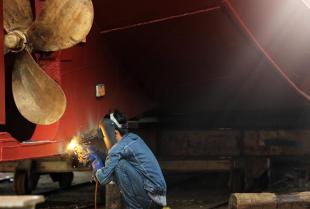 Specjalistyczne spawanie, malowanie oraz inne usługi stoczniowe