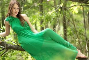 Sukienka szyta na miarę, czyli sukienka idealna dla Twojej sylwetki.