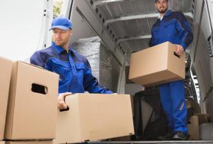 Kiedy warto skorzystać z usług firmy przeprowadzkowej?