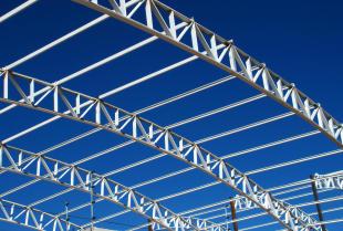 Producent konstrukcji stalowych – co dokładnie jest w stanie wykonać?