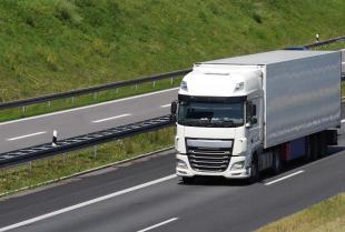 Jak wybrać dobrą firmę transportową?