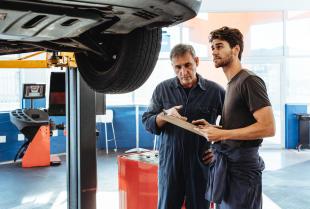 Czy warto regenerować części samochodowe?