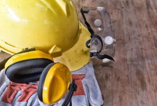 Odzież robocza BHP – bezpieczeństwo ponad wszystko