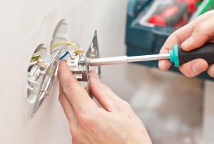 Usługi elektryczne oferowane przez fachowców