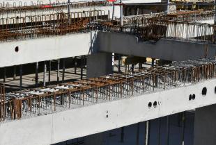 Nowoczesne budownictwo inżynieryjne – zastosowanie prefabrykatów wielkogabarytowych