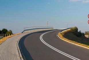 Znaki drogowe – co warto wiedzieć?