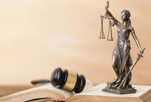 Profesjonalna pomoc prawna – jak wybrać dobrego radcę prawnego?