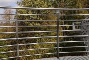 Jak wybrać balustrady balkonowe?