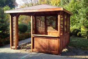 Architektura ogrodowa z drewna – w poszukiwaniu dobrego producenta