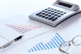 Dlaczego warto powierzyć finanse biuru rachunkowemu