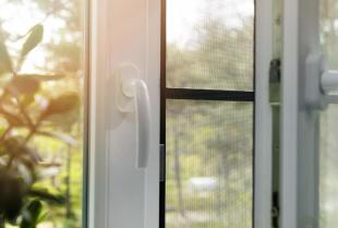 Okna plastikowe, drewniane, czy aluminiowe - które wybrać?