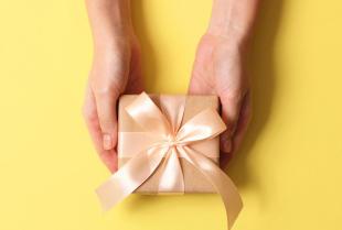 Jaki prezent sprawić bliskiemu na wyjątkową okazję?