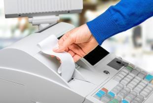 Jak wybrać dobrą firmę sprzedającą kasy fiskalne?