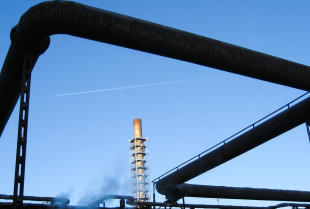 Rurociągi i konstrukcje stalowe do przesyłu gazów gorących