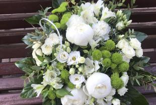 Z jakiej okazji można wręczać kwiaty?