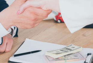 Kredyt gotówkowy – dlaczego jest korzystny?