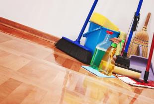 Oszczędzanie z zewnętrzną firmą sprzątającą