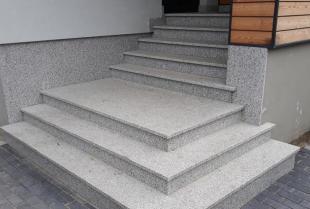 Kamień naturalny i jego zastosowania w naszych domach