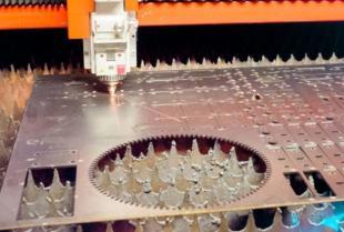 Tworzenie wyrobów blaszanych – jak wygląda proces produkcyjny?