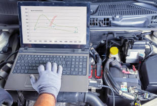Profesjonalne badanie auta – diagnostyka i pomiary na hamowni
