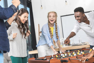 Udana impreza integracyjna –  o czym powinien wiedzieć pracodawca?