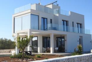 Dlaczego warto zdecydować się na budowę domu pod klucz?