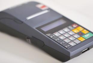 Kasy i drukarki fiskalne – nowoczesne wyposażenie każdej firmy