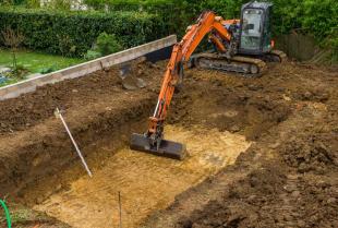 Przebieg wykonywania wykopów pod fundamenty