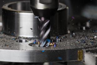 Na czym polega frezowanie metali?