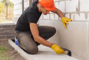 Zaprawy naprawcze do betonu