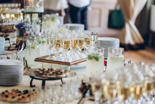 Przygotowanie wesela – na co zwrócić uwagę?