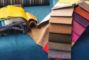 Różnorodność tkanin obiciowych do mebli tapicerowanych