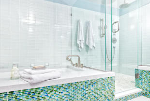 Remont generalny łazienki z wymianą glazury od podszewki