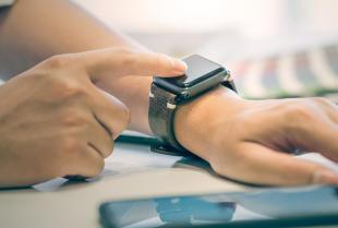 Smartwatche – rodzaje, funkcje i polecani producenci