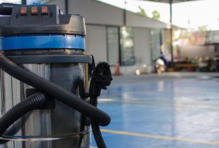 Niezbędne wyposażenie dla firmy sprzątającej