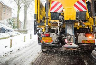 Jak zadbać o przygotowanie ulic w okresie zimowym?