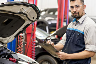 Co obejmują badania techniczne pojazdów?