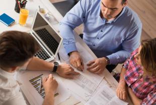 Doradztwo podatkowe i jego korzyści dla firm