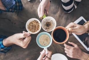 Kawa serwowana w kawiarniach - jaką wybrać?